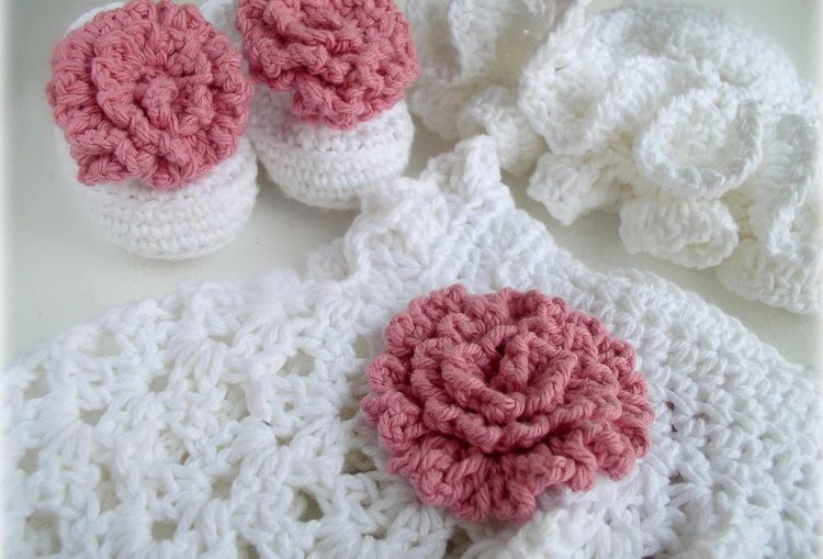 Woollen Clothes For Babies